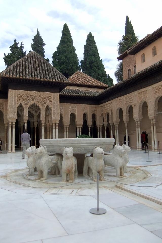 Granada Alhambra - Patio de los Leones